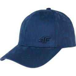 Czapka męska CAM209 - granatowy. Niebieskie czapki z daszkiem męskie marki 4f, w paski, z materiału. Za 39,99 zł.