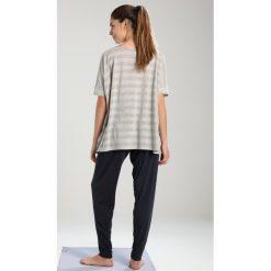 Deha Tshirt z nadrukiem ice grey melange. Białe t-shirty damskie Deha, s, z nadrukiem, z bawełny. Za 249,00 zł.
