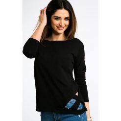 Czarna Bluzka z Dekoltem Na Plecach 3244. Czarne bluzki z odkrytymi ramionami Fasardi, z dekoltem na plecach. Za 54,00 zł.