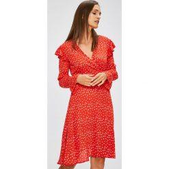 Trendyol - Sukienka. Szare długie sukienki marki Trendyol, na co dzień, z elastanu, casualowe, dopasowane. W wyprzedaży za 119,90 zł.