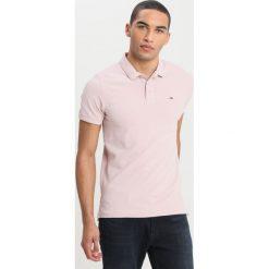 Koszulki polo: Tommy Jeans FINE GARMENT DYE  Koszulka polo violet ice