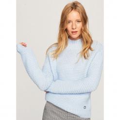 Sweter z grubym splotem - Niebieski. Żółte swetry klasyczne damskie marki ekoszale, ze splotem. Za 119,99 zł.