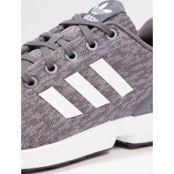 Adidas Originals ZX FLUX  Tenisówki i Trampki grey five/footwear white. Szare tenisówki męskie marki adidas Originals, z materiału. W wyprzedaży za 223,20 zł.