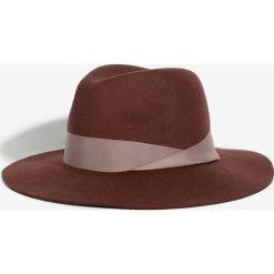 Parfois - Kapelusz. Brązowe kapelusze damskie Parfois, z materiału. Za 99,90 zł.