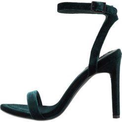 Senso TYRA Sandały na obcasie emerald. Zielone sandały damskie Senso, z materiału, na obcasie. Za 629,00 zł.