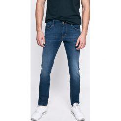 Tommy Hilfiger - Jeansy. Niebieskie jeansy męskie relaxed fit TOMMY HILFIGER. W wyprzedaży za 419,90 zł.