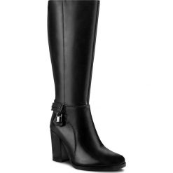 Kozaki LASOCKI - 70447-02 Czarny. Czarne buty zimowe damskie Lasocki, ze skóry, przed kolano, na wysokim obcasie. Za 349,99 zł.