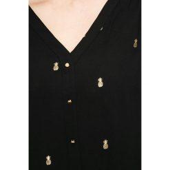 Answear - Bluzka Wild Nature. Szare bluzki nietoperze ANSWEAR, m, z poliesteru, casualowe. W wyprzedaży za 59,90 zł.
