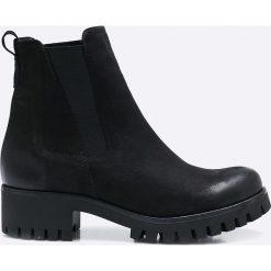 CheBello - Botki. Czarne buty zimowe damskie CheBello, z materiału, z okrągłym noskiem. W wyprzedaży za 229,90 zł.
