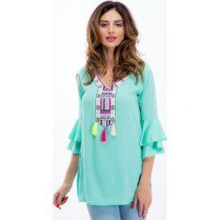 Miętowa bluzka z kolorowym haftem 8516. Zielone bluzki z odkrytymi ramionami Fasardi, l, z haftami. Za 49,00 zł.