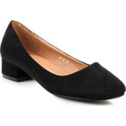 Buty ślubne damskie: Zamszowe czółenka na niskim obcasie ADELINA
