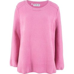 Swetry klasyczne damskie: Sweter dzianinowy ze szwami na prawej stronie, z kolekcji Maite Kelly bonprix jasnoróżowy