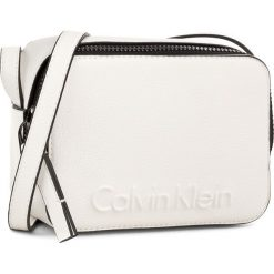 Listonoszki damskie: Torebka CALVIN KLEIN BLACK LABEL - Edge Small Crossbody K60K604004 101