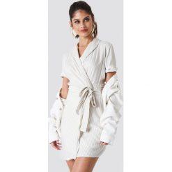 Paski damskie: Trendyol Sukienka w paski – White,Beige,Multicolor
