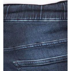G-Star Raw - Jeansy. Czarne jeansy męskie skinny marki G-Star RAW. W wyprzedaży za 379,90 zł.