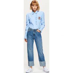 Jeansy STRAIGHT - Niebieski. Niebieskie jeansy męskie marki Cropp. W wyprzedaży za 49,99 zł.