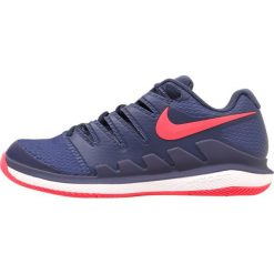 Nike Performance AIR ZOOM VAPOR X HC Obuwie do tenisa Outdoor blue recall/racer pink/white/purple slate. Niebieskie buty sportowe damskie marki Nike Performance, z materiału, na golfa. W wyprzedaży za 412,30 zł.