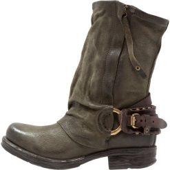 A.S.98 Kowbojki i obuwie motocyklowe jungle. Zielone buty zimowe damskie marki A.S.98, z materiału. Za 1029,00 zł.