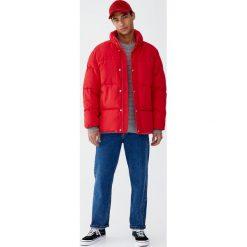 Pikowana kurtka w stylu puchowej. Szare kurtki męskie pikowane marki Pull&Bear, m, z puchu. Za 199,00 zł.