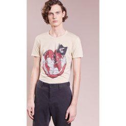 T-shirty męskie z nadrukiem: Vivienne Westwood Anglomania CLASSIC HEART WORLD Tshirt z nadrukiem ocra