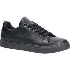 Czarne buty sportowe sznurowane Casu D61-2. Czarne buty sportowe damskie marki Casu. Za 39,99 zł.