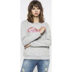 Vero Moda - Bluza Girls. Szare bluzy rozpinane damskie Vero Moda, l, z aplikacjami, z bawełny, bez kaptura. W wyprzedaży za 49,90 zł.