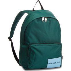 Plecak CALVIN KLEIN JEANS - Sport Essential Cp B K40K400601 313. Zielone plecaki męskie Calvin Klein Jeans, z jeansu, sportowe. Za 349,00 zł.