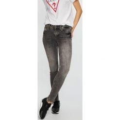 Liu Jo - Jeansy Easy. Szare jeansy damskie marki Liu Jo, z bawełny. Za 599,90 zł.