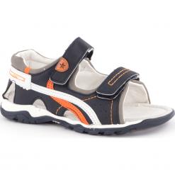 Sandały. Białe sandały chłopięce marki COCCODRILLO, m, z bawełny, z okrągłym kołnierzem. Za 89,90 zł.