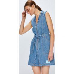 Calvin Klein Jeans - Sukienka. Szare sukienki mini marki Calvin Klein Jeans, na co dzień, l, z bawełny, casualowe, dopasowane. W wyprzedaży za 429,90 zł.