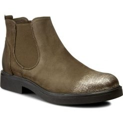 Sztyblety CARINII - B3761/N I43-000-PSK-B79. Zielone buty zimowe damskie Carinii, z nubiku, na obcasie. W wyprzedaży za 259,00 zł.