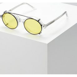 Han Kjobenhavn DOC CLIP ON SUNGLASSES Okulary przeciwsłoneczne yellow. Żółte okulary przeciwsłoneczne damskie lenonki Han Kjobenhavn. Za 569,00 zł.