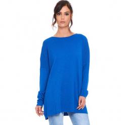 """Sweter """"Odile"""" w kolorze niebieskim. Niebieskie swetry klasyczne damskie marki Cosy Winter, s, z okrągłym kołnierzem. W wyprzedaży za 181,95 zł."""