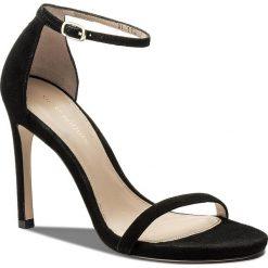 Rzymianki damskie: Sandały STUART WEITZMAN - Nudistsong XL17434 Black Suede