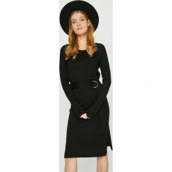 Vero Moda - Sukienka. Czarne długie sukienki marki Vero Moda, na co dzień, l, z dzianiny, casualowe, z okrągłym kołnierzem, z długim rękawem, proste. Za 169,90 zł.
