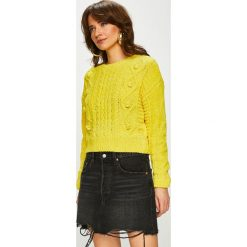 Tally Weijl - Sweter. Czerwone swetry klasyczne damskie marki TALLY WEIJL, l, z dzianiny, z krótkim rękawem. Za 129,90 zł.