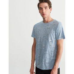 T-shirt z printem - Niebieski. Niebieskie t-shirty męskie marki QUECHUA, m, z elastanu. Za 39,99 zł.