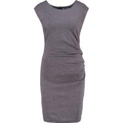 Kaffe INDIA O NECK Sukienka etui dark grey melange. Szare sukienki Kaffe, xxl, z dżerseju, oversize. Za 369,00 zł.