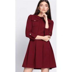 Bordowa Sukienka Restrict. Czerwone sukienki hiszpanki Born2be, uniwersalny, mini. Za 79,99 zł.