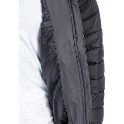 KURTKA MĘSKA PRZEJŚCIOWA PIKOWANA BOMBERKA C321 - SZARA. Szare kurtki męskie bomber marki Ombre Clothing, m, z nylonu. Za 99,00 zł.