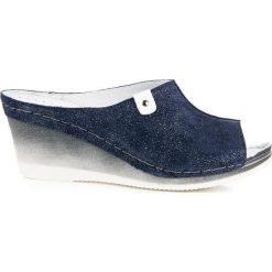 Niebieskie klapki na koturnie MIRANDA. Niebieskie buty ślubne damskie marki Vinceza, na koturnie. Za 159,00 zł.