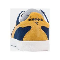 Diadora B.ORIGINAL Tenisówki i Trampki estate blue/gold fusion. Niebieskie tenisówki damskie Diadora, z materiału. Za 379,00 zł.
