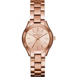 """Zegarek kwarcowy """"Mini Slim Runway"""" w kolorze różowozłotym. Żółte, analogowe zegarki damskie marki Michael Kors, ze stali. W wyprzedaży za 454,95 zł."""