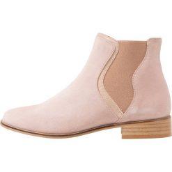 Mint&berry Ankle boot nude. Zielone botki damskie na zamek mint&berry, z materiału. Za 379,00 zł.