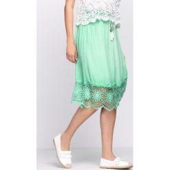 Zielona Spódnica Thyme. Zielone spódniczki Born2be, na lato, s, midi. Za 69,99 zł.