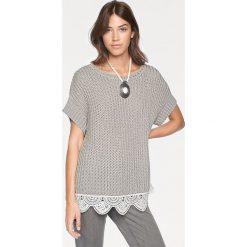 Odzież damska: Sweter w kolorze szaro-białym