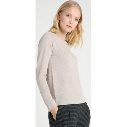 Rosemunde LAICA Sweter light sand melange. Brązowe swetry klasyczne damskie Rosemunde, z kaszmiru. Za 629,00 zł.