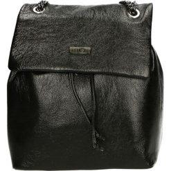 Plecak - A-9003-O MN N. Żółte plecaki damskie marki Venezia, ze skóry. Za 429,00 zł.
