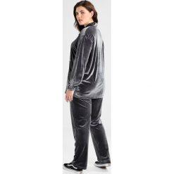 Spodnie dresowe damskie: ADIA PANT Spodnie treningowe dark iron
