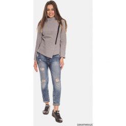 Szara nowoczesna bluza damska z zamkiem. Szare bluzy rozpinane damskie Pakamera, w geometryczne wzory, z bawełny. Za 149,00 zł.